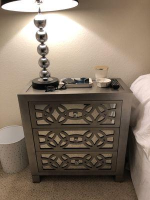 Irwin 3 drawer mirror nightstands for Sale in Alexandria, VA