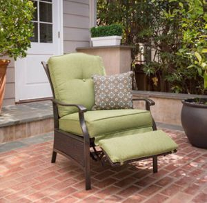 Better Homes and Garden Providence Outdoor Recliner Patio Chair Wicker Furniture for Sale in Arbutus, MD