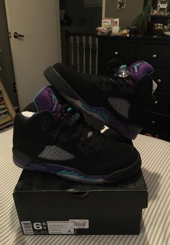 94846a6642501c Jordan 5 black grapes for Sale in Pacifica