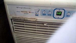 Air conditioning unit portable A.C.Frigidaire for Sale in Scottsdale, AZ