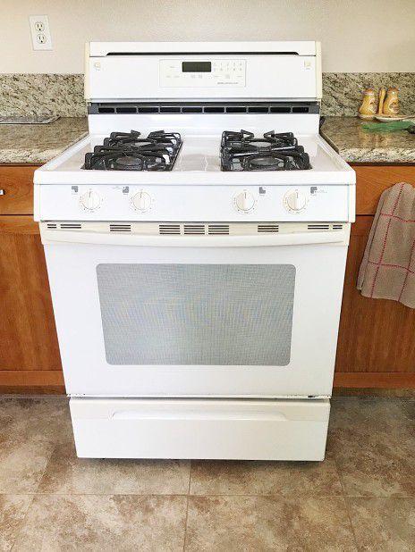 Jenn-Air Gas Stove/Oven