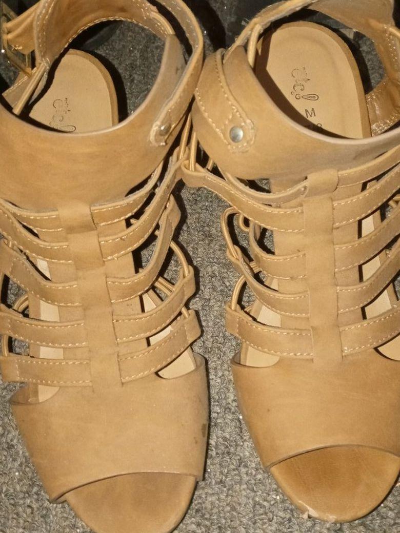 Etc tan heels