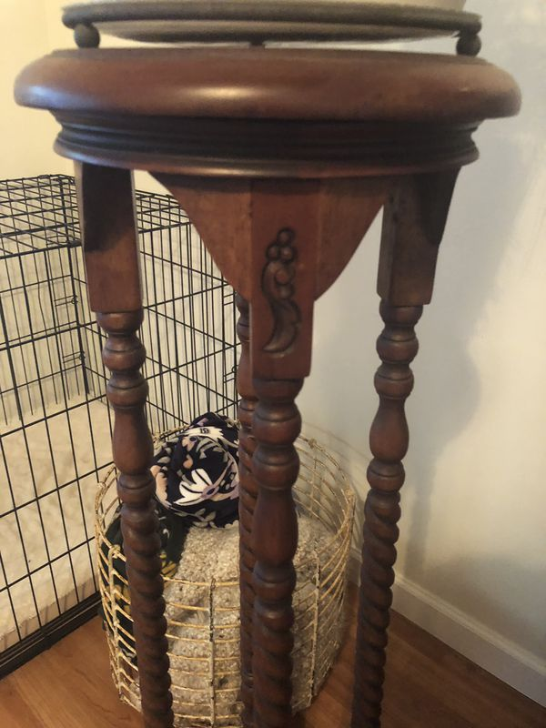Mahogany Finish Wood Plant Stand For Sale In West Palm
