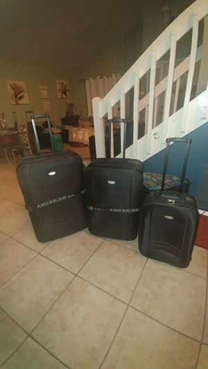 Brand new set of suitcases American Way brand for Sale in Kissimmee, FL