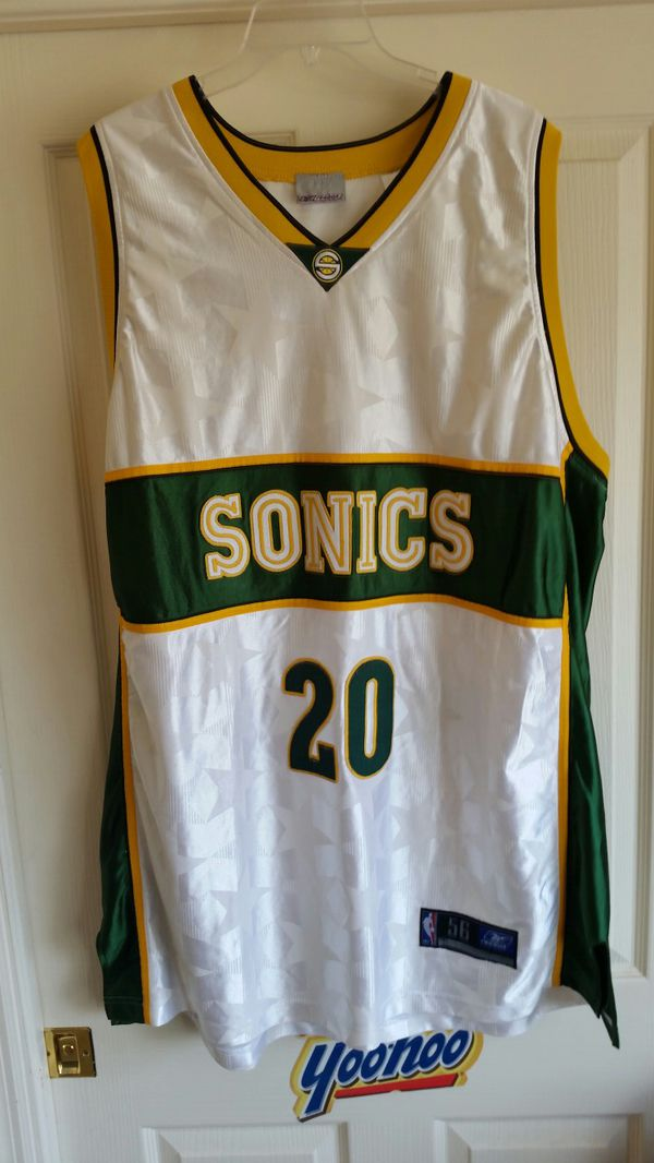 Gary Payton Vintage Sonics 4xl jersey for Sale in Fort Lauderdale ... 3a1dbefc9