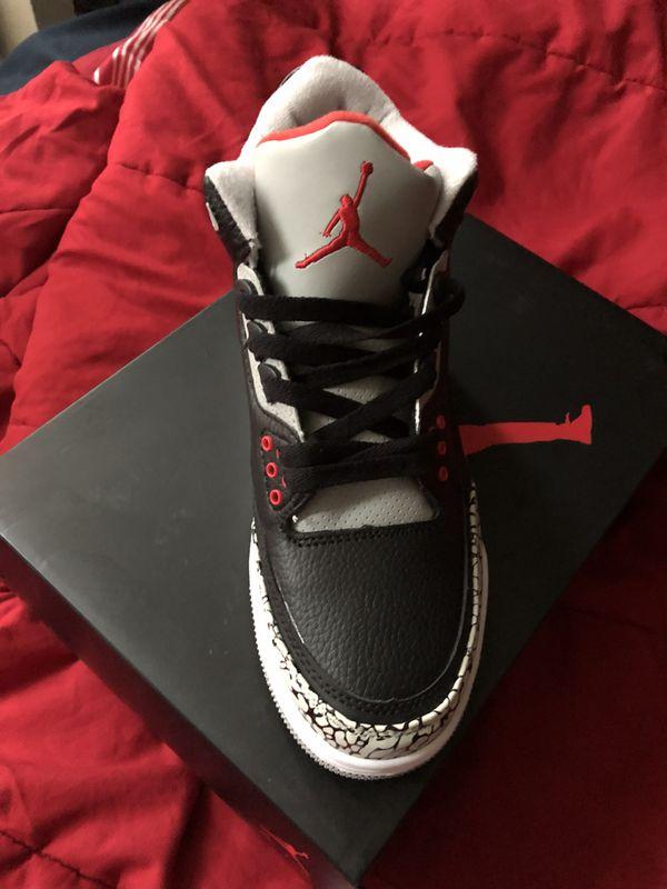 Air Jordan Retro Black cement 3 (Clothing   Shoes) in New York 8c4256fd9