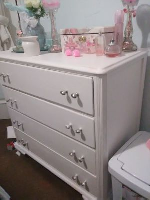 White dresser great condition and baby keepsake jewelry box and two flameless glass candle holders all handcrafted one of a kinf for Sale in Covina, CA