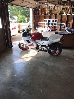 Rare 96 750 vfr 34000 good condition for Sale in Tacoma, WA