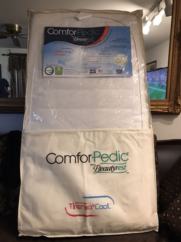 new product fca2f 3f6a3 Comforpedic from Beautyrest Dual Sided Crib/Toddler Mattress (Thermo Cool)  - Like New for Sale in Kent, WA - OfferUp