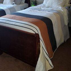 2 Twin Bedroom Set 5 Piece  Thumbnail