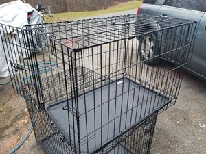 "36"" TWO DOOR DOG TRAINING CRATE for Sale in Monrovia, MD"