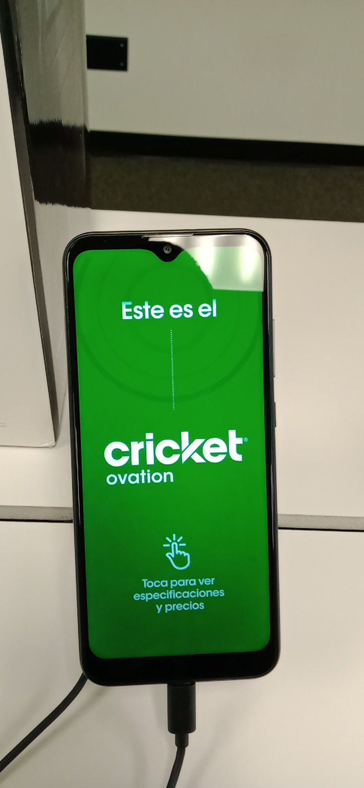 Free CRICKET OVATION when you Switch and Port