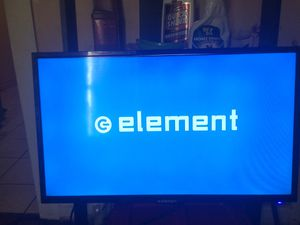 32 inch flatscreen TV for Sale in Temple Hills, MD