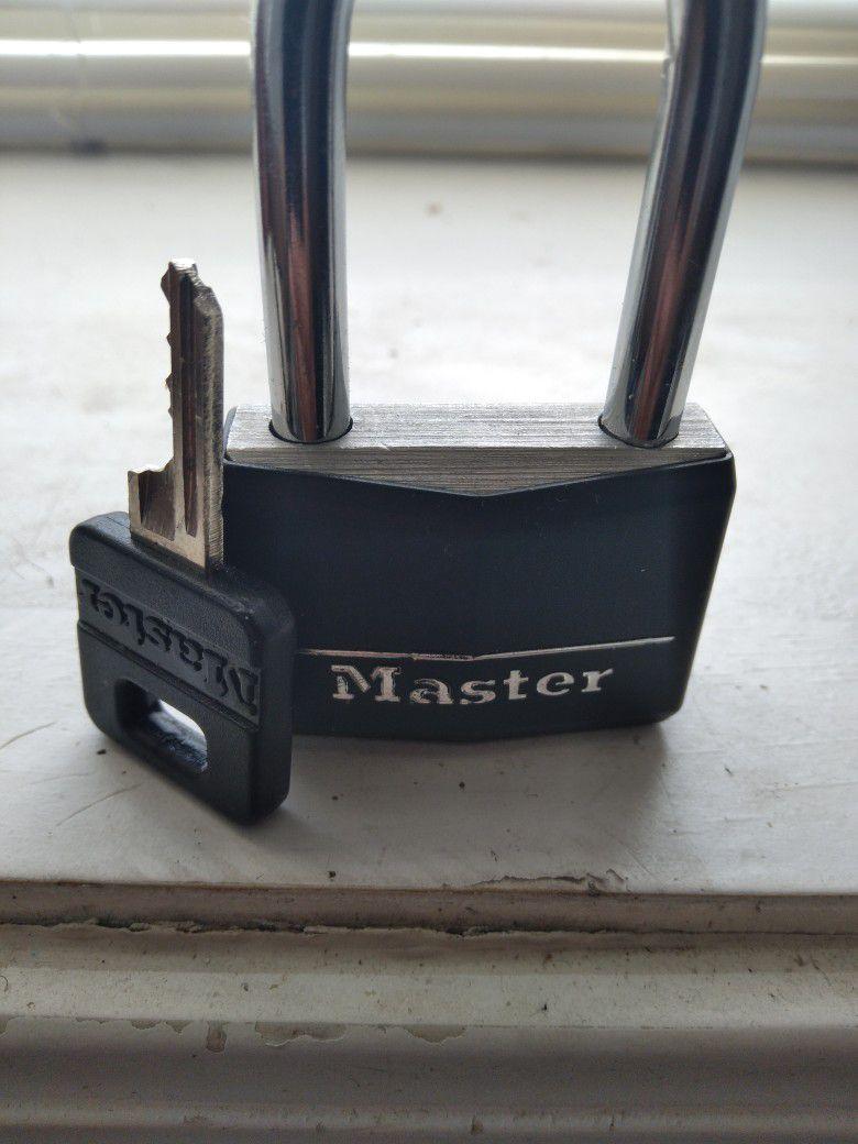 Lock w Key