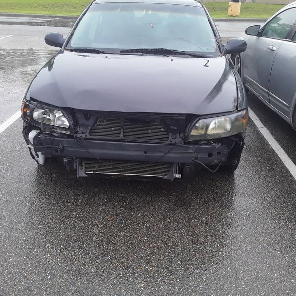 One owner original one on a title 2002 volvo s60 turbocharged