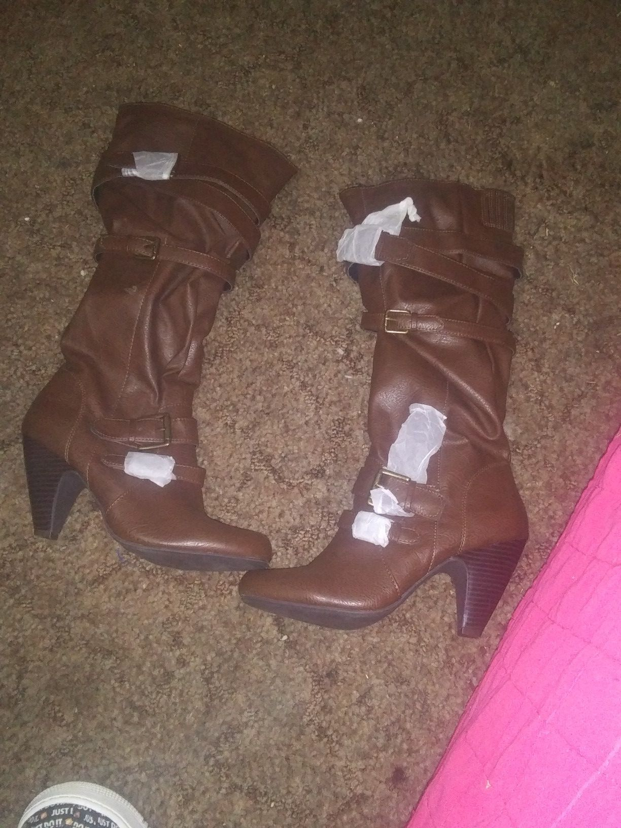 Womans size 9 brand new