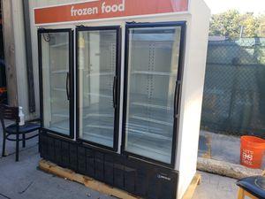 Masterbilt 3 door freezer (warranty) for Sale in Orlando, FL