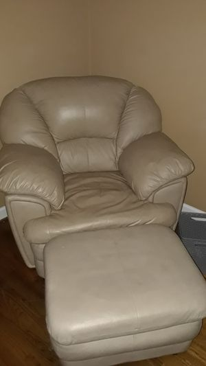 Leather Arm Chair & Ottoman for Sale in Dry Fork, VA