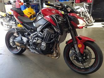 2018 KAWASAKI ZR900 ABS  Clean Title Motorcycle 1,939 MILES  Thumbnail