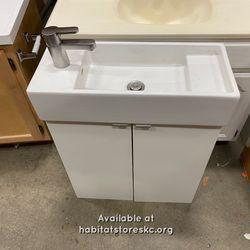 Ikea Lillången Sink And Cabinet Thumbnail