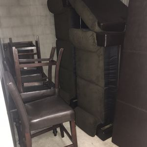 Brown sofa and Love seat apartment size good condition comes with 3 living room table end tables brown etc with 4 dining room chairs leather brown for Sale in Cleveland, OH