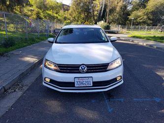 2016 Volkswagen Jetta Sedan Thumbnail