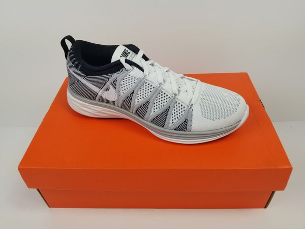 low priced b6c93 8ff33 Nike Flyknit Lunar 2 Womens Size 8 shoes Brand new in box! 110 or make me  an offer!