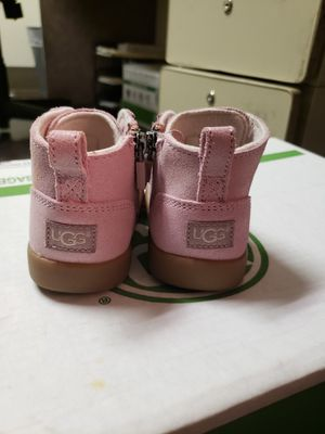 007cd5ba80f New and Used Toddler ugg boots for Sale in Rockville, MD - OfferUp