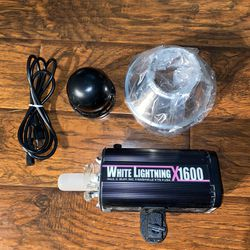 Paul C. Buff White Lightning X1600 Thumbnail