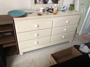 Dresser for Sale in Manassas, VA