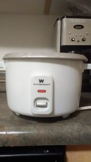 White-westinghouse rice cooker for Sale in Redmond, WA