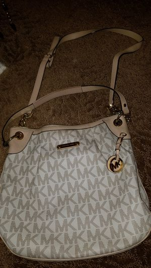 Michael Kors bag and wallet for Sale in Queens, NY