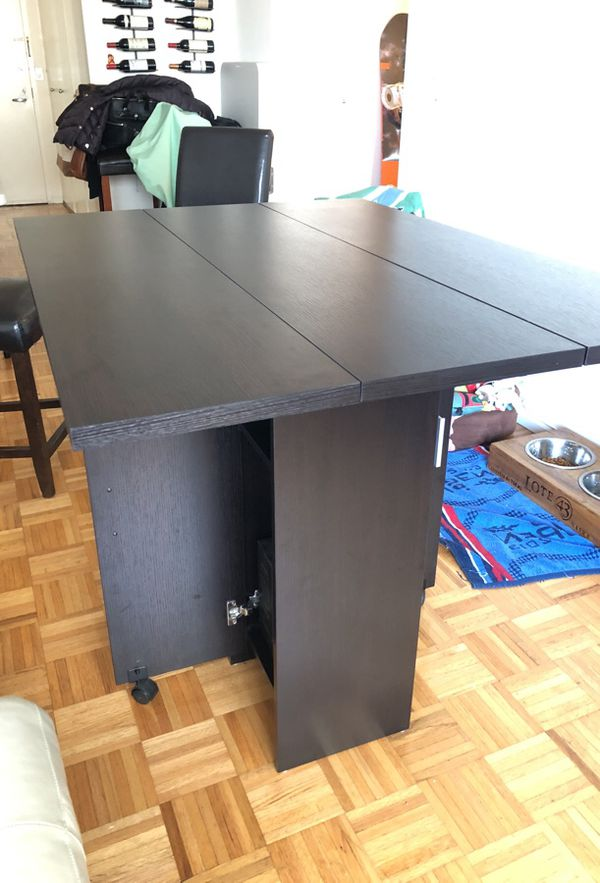 Convertible Bar Table On Wheels With 2 Chairs For In New York Ny Offerup