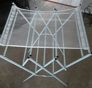 Accordion Folding Expandable Drying Rack w/Mesh Top for Sale in Severn, MD