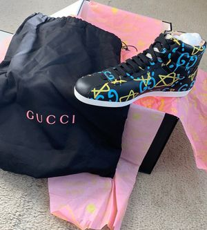 Gucci ghost size 4 for Sale in Fort Washington, MD