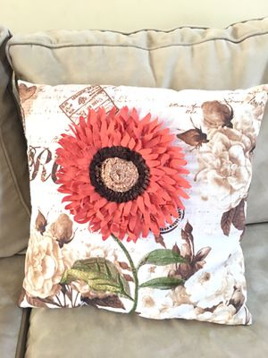 Decorative throw pillow for Sale in Hoffman Estates, IL