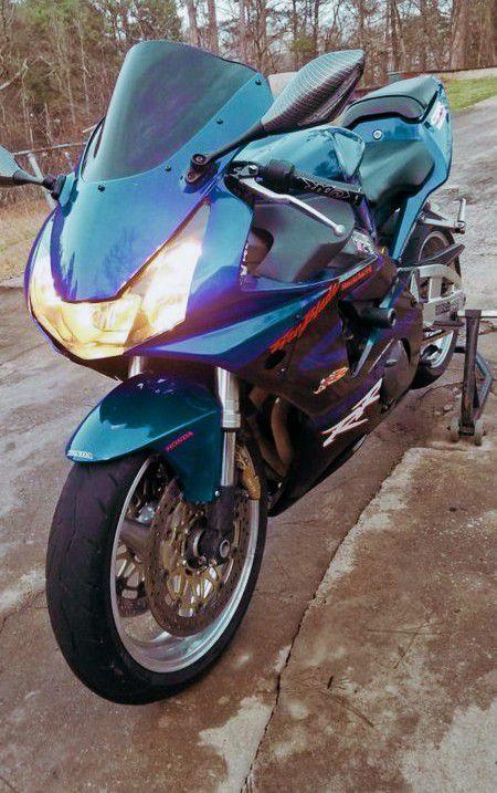 Photo  FOR SALE 2003 Yamaha Raptor Final Price$500