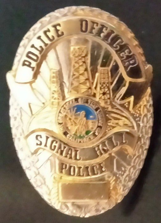 Signal Hill, CA  Police Officer Brand New Badge Lapel Pin