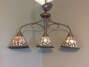 Tiffany style pool table light for Sale in Silver Spring, MD