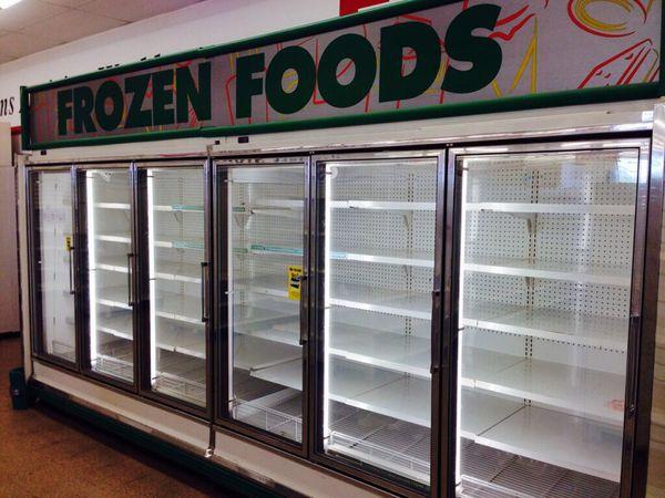 Used Zero Zone Reach In Cooler 6 Glass Doors 649 Per Door Remote