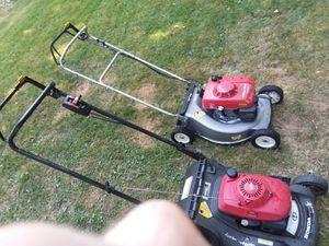 Honda hrc216 commercial lawnmower / honda 217 rustproof lawn mower for Sale in Puyallup, WA
