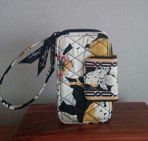 Vera Bradley Retired Dogwood Wristlet Wallet/Unused for Sale in Gaithersburg, MD