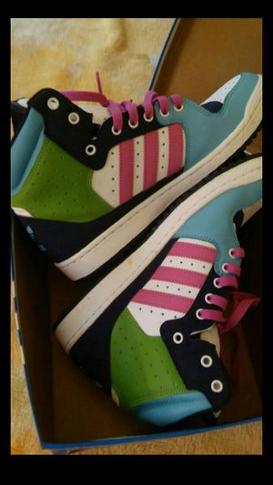 Brand new never worn high tops size 7 mens and size 9 womans. This shoe is not used. Buyer must come to me $80 right now and its sold for Sale in Washington, DC