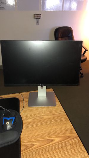 "Damaged Dell Monitor 18"" for Sale in Los Angeles, CA"