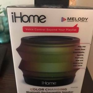 iHome iBT62 Portable Speaker - Wireless for Sale in Austin, TX