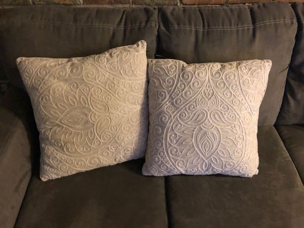 White Pillows For Sale In Omaha Ne Offerup