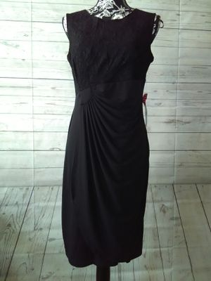 New Beautiful En Focus Petite Dress , women's size 12p. ( New with tag ) for Sale in Frederick, MD
