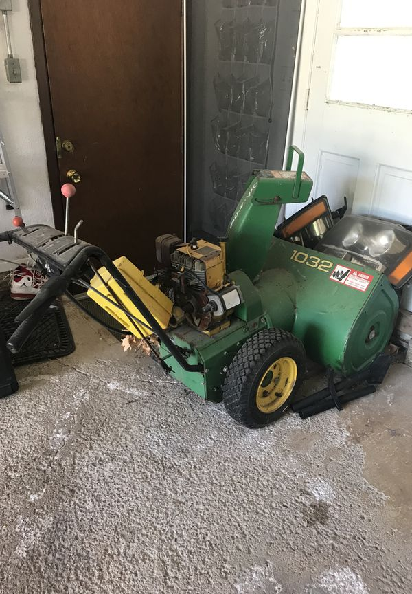 John Deere 1032 snow blower for Sale in North Royalton, OH - OfferUp