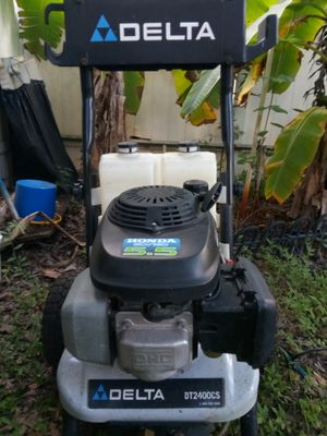 Pressure washer for Sale in Davenport, FL
