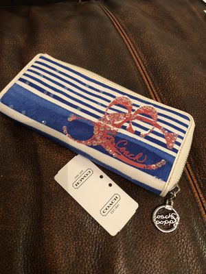 Coach wallet please see all 6 pictures new. for Sale in Annandale, VA